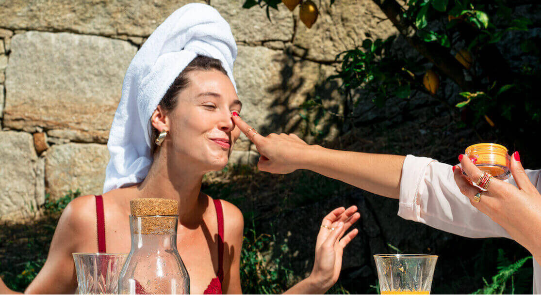 Moisturize your skin naturally: our organic solutions | Akane Skincare