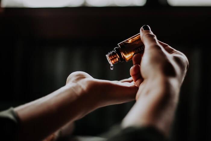 huile pour les mains
